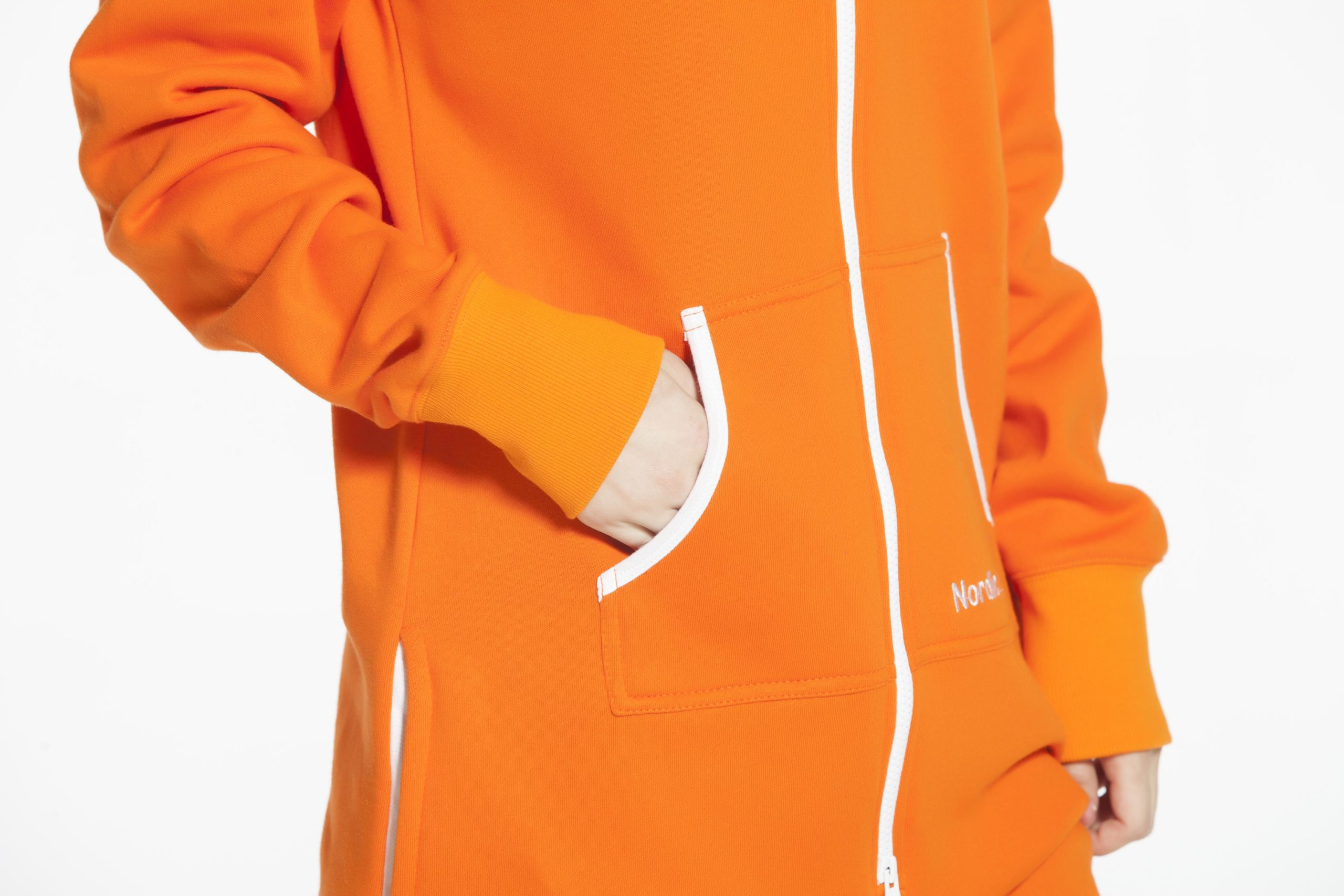Комбинезон оранжевый Onesie Original WOC12 (2)